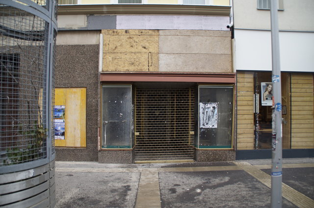 Ein Top-Thema im Bezirk sind der Branchenmix und das Geschäftesterben in der Fußgängerzone Favoritenstraße.