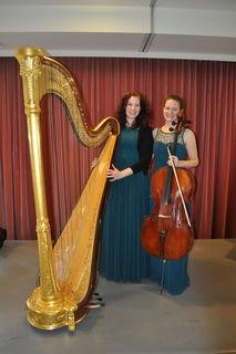 Duo HarpArt Harfe: Fr. Veronika Villany Chello: Fr. Heidemarie Mravlag  www.harpartmusic.com