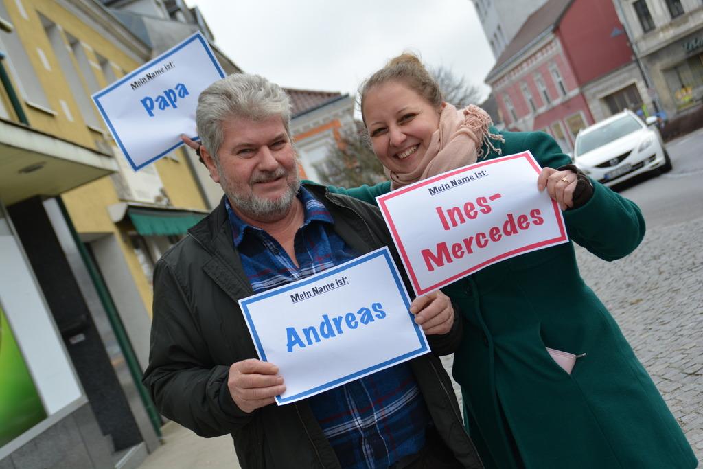 Andreas mit seiner Tochter Ines-Mercedes Freitag. Die Namen schafften es im Vorjahr allerdings nicht unter die beliebtesten im Bezirk.