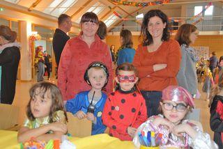 Jung und Alt war zum Kinderfaschingsfest in den Dorfhof Markt Hartmannsdorf gekommen