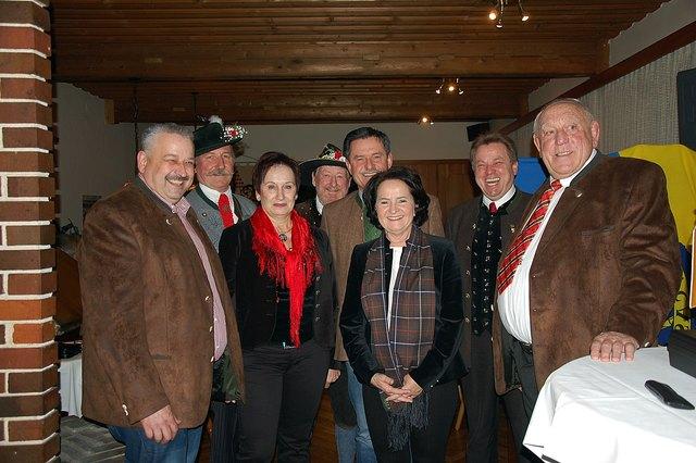 v.l.:BGM Hermann Srienz, Erwin Ischep, Monika Edlinger, Sigi Kröpl, Josef Lobnig, Irmgard Dreier, Valentin Leitgeb, Willi Kleber