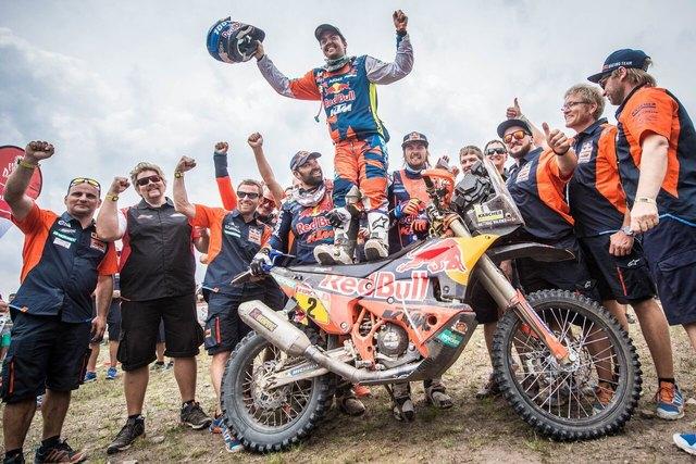 Walkner ist der erste Österreicher, der die Motorradwertung der Rallye Dakar gewinnt.