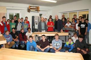 Die Schüler und Lehrer der PTS Bad Goisern freuen sich auf zahlreichen Besuch.
