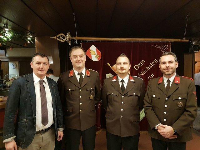 Bgm. Andreas Schmid, Kommandant Alfred Unterwurzacher, Stv. Mario Soraperra, Romed Pellegrini.