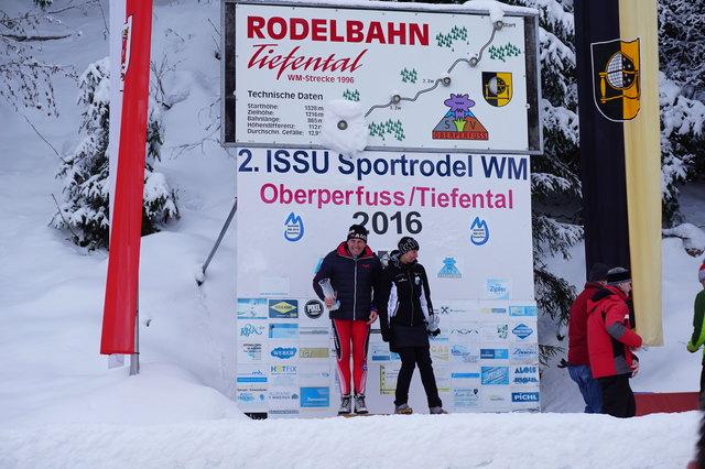 Die Tagessieger in Oberperfuss: Erich Schaffer und Sanda Mariner.
