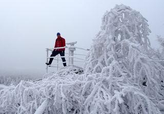 Auf der Aussichtsplattform des Wachtsteins ...mit einem unglaublichen Raureif!