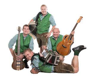 Die Lindaua Buam werden am 26.1. am Kaisereis musizieren.