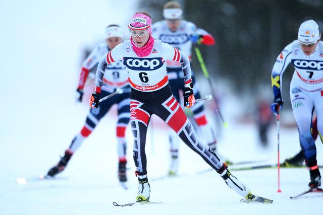 """Langläuferin Teresa Stadlober (vorne) freut sich auf den """"Heimweltcup"""" in Seefeld."""