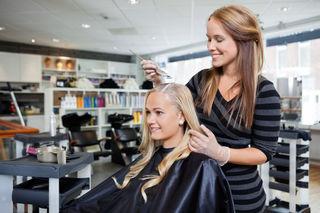Der Lehrberuf Friseur und Perückenmacher macht mit 318 Lehrlingen in der BS 2 den größten Teil der Schüler aus.