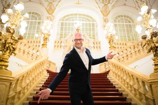 Alles Walzer! Bernd Pürcher lädt zur 20. Opernredoute in die Grazer Oper.