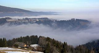 im Tal lag den ganzen Tag dichter Nebel