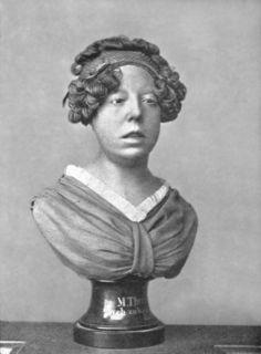 Eine Büste der blinden Pianistin Maria Theresia Paradis.