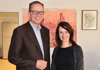 Julia Friedlmayer, Projektleiterin und Hannes Weitschacher, Geschäftsführer der Weinviertel Tourismus GmbH.