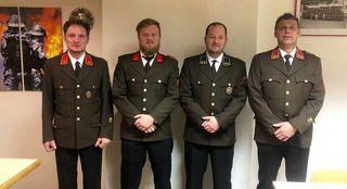 Kommandant Hans Obererlacher, Kassier Reinhard Ebner, Schriftführer Hans Ebner und KdtStv. Hannes Wurzer.