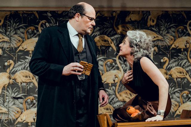 """Im Stück """"Anderthalb Stunden zu spät"""" spielt Rainer Galke die Rolle des angehenden Pensionisten Pierre."""