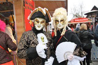 Rebecca und Roland kamen als venezianische Schönheiten zum Dorffasching in Raaba-Grambach.