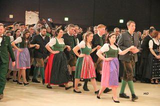 Die Eröffnung mit Willi Gabalier und den landwirtschaftlichen Fachschulen in der Grazer Stadthalle beim 69. Steirischen Bauernbundball