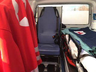 Eine 13-jährige einheimische Schülerin musste vom Roten Kreuz ins KH Tamsweg gebracht werden (SYMBOLBILD).
