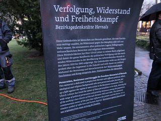 Im September 2015 eröffnete Bezirksvorsteherin Ilse Pfeffer die Gedenkstätte Wien-Hernals – Park der Freiheit.