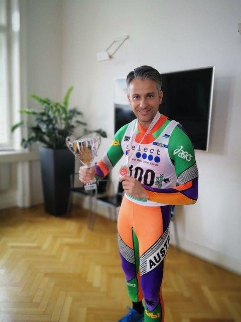 Olympisches Outfit am Faschingsdienstag: Kurt Hohensinner