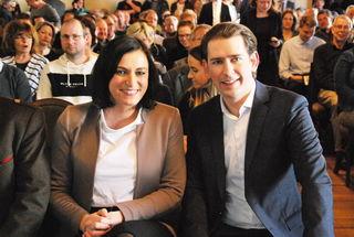 Ministerin Elisabeth Köstinger und Bundeskanzler Sebastian Kurz im Schloss Porcia