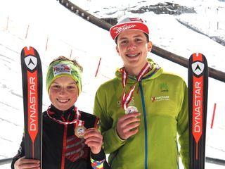 Die heimischen Athleten freuten sich über die Medaillen.