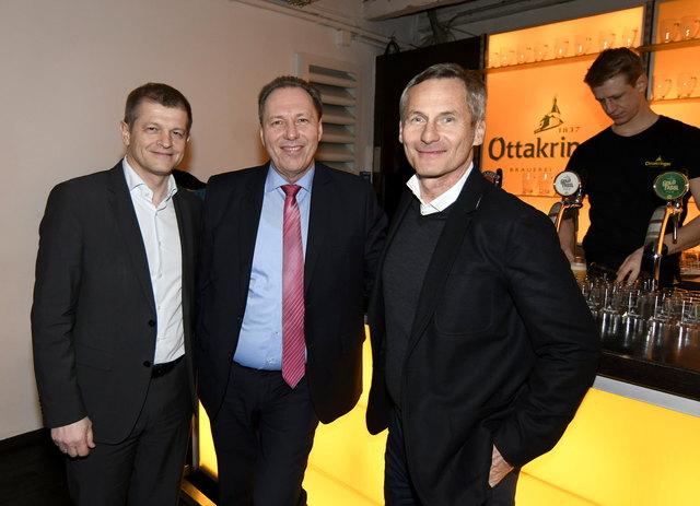 Brauerei-Vorstandsvorsitzender Matthias Ortner, Bezirksvorsteher Franz Prokop und der Ottakringer-Konzernchef ab Juli, Alfred Hudler (v.l.)