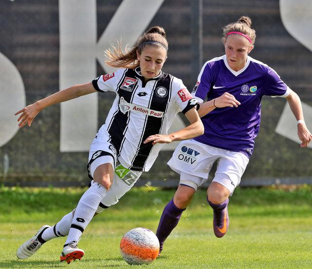 Große Ziele: Nationalspielerin Katharina Naschenweng (l.) will über starke Leistungen bei Sturm in die deutsche Bundesliga.