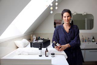 Isabel Zinnagl geht jetzt an die Entwicklung neuer Produkte für ihre Pflegelinie.