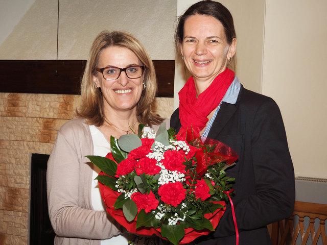 Bild SPÖ: Nationalratsabgeordnete Ulrike Königsberger-Ludwig (li) mit Bürgermeisterin Mag.a. Kerstin Suchan-Mayr