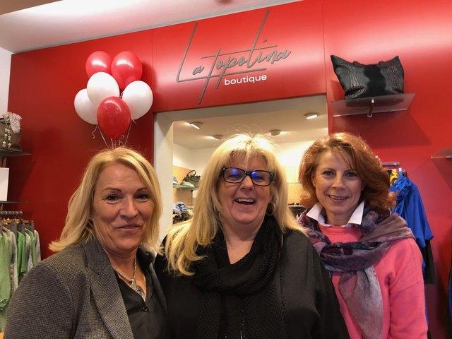 Inhaberin Manuela Piringer (Mitte) und ihre Mitarbeiterinnen bei der Eröffnung in Weidling.