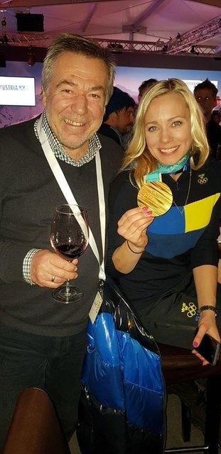 Winzer Johann Polczer feierte mit Olympiasiegerin Frida Hansdotter.