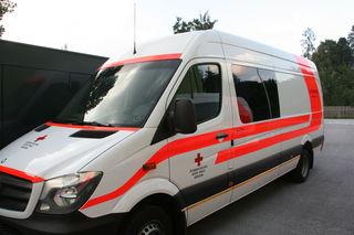 EIn Schwerverletzter wurde mit der Rettung in das Krankenhaus Tamsweg gebracht (SYMBOLBILD).