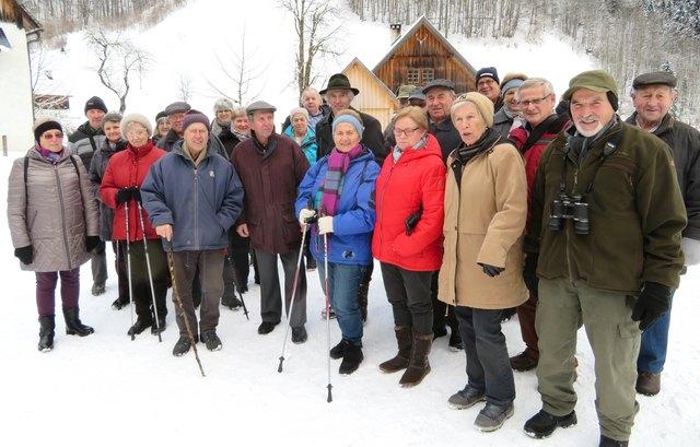 Die Geinberger Senioren  bei der Rotwildfütterung.