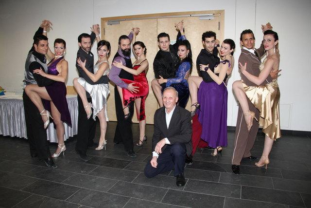 Vor dem Können der argentinischen Tangotänzer ging auch Pro Cultura-Obmann Rudolf Wilfinger in die Knie.