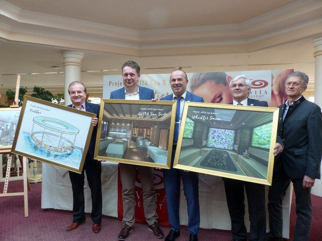 """Ing. Martin Pinezich, LR MMag. Alexander Petschnig, GF Peter Prisching, KR Ewald Tölly und Ing. Walter Göllesz präsentieren das Projekt """"AVITA Spa & More"""""""
