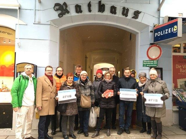Auch in Bad Ischl machten viele Bürger von der Möglichkeit Gebrauch, für die aktuellen Volksbegehren ihre Stimme abzugeben.