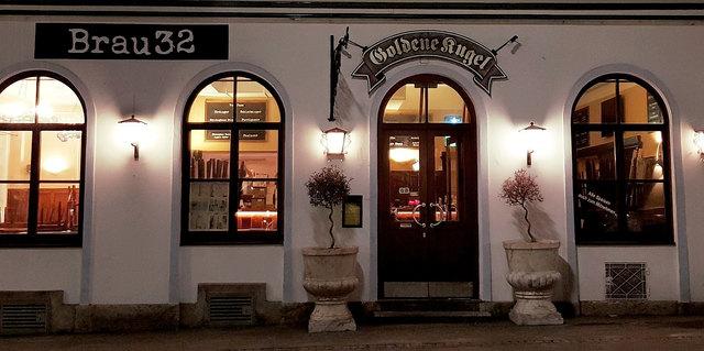 """In der Leonhardstraße 32 haust ab sofort das """"Brau 32"""", wo eine riesige Bierauswahl und gute Hausmannskost auf die Gäste wartet."""
