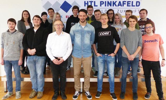 Jörg Sandrieser (Mitte) präsentierte sein Unternehmen KNAPP IT Solutions