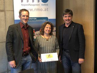 RMO Obmann Dietmar Ruggenthaler (r.) und Geschäftsführer Michael Hohenwarter freuen sich auf die Zusammenarbeit mit Alexandra Harles