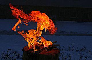 Etwas Wärme für Euch ✨ Feuerskulptur