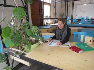 Im Co-Working-Bereich der Nordwestbahnhalle arbeitet Mirjam Mieschendahl sehr gerne.
