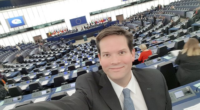 Lukas Mandl im Europa-Parlament
