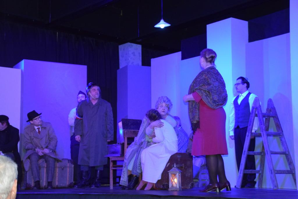 """Falkenstein: Theatergruppe spielt """"Jacobowsky und der Oberst"""""""