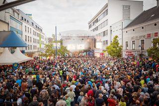 Tausende Besucher am MusikfestiWels 2017. Details zum MusikfestiWels 2018 unter: wels.at/welsmarketing/events