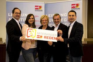"""""""Miteinander reden"""": der Landtagsklub der SPÖ tourt durch die Bezirke, informiert und hört zu."""