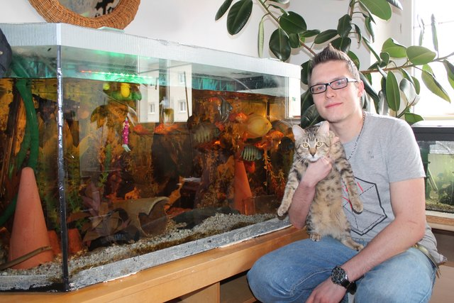 Markus Dreier vor seinem ersten Aquarium