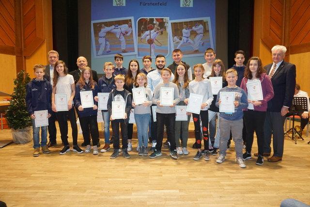 Auf insgesamt 71 Mdeaillen - darunter zwei Vizeweltmeistertitel - brachte es der Karateclub Fürstenfeld
