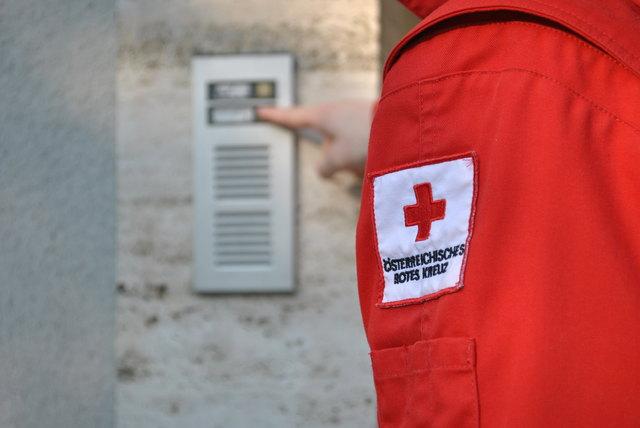 ÖRK: Mitarbeiter besuchen Klosterneuburger Haushalte