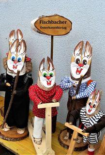 Fischbacher Osterhasenkirtag, die originalen Fischbacher Osterhasen sind ab dem 18. März bis zum 8. April 2018 im Fischbacher Osterhasendorf ausgestellt, fischbach.co.at